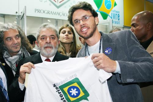 Lula x AsteriskBrasil.org